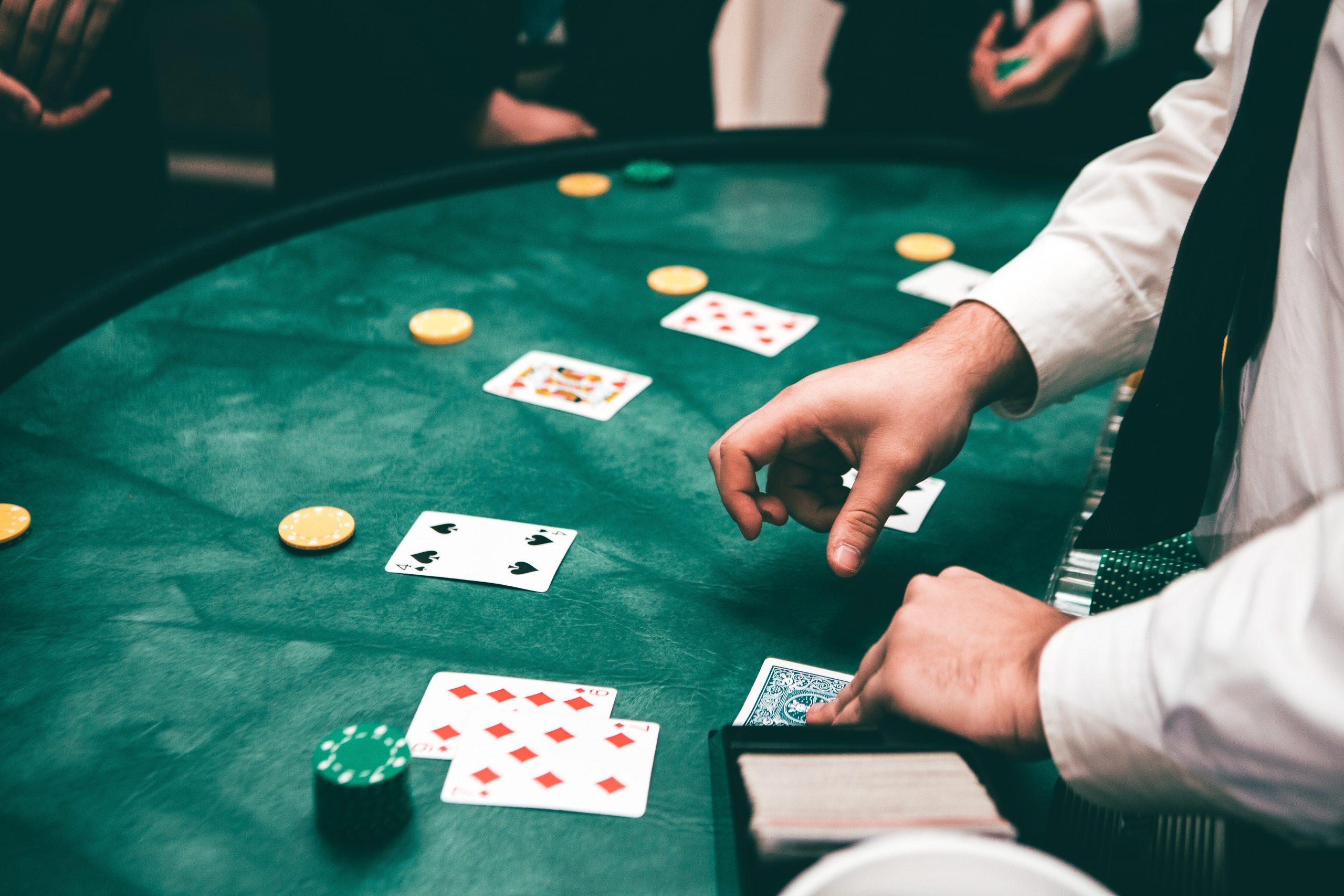 Juegos de poker. Jugando