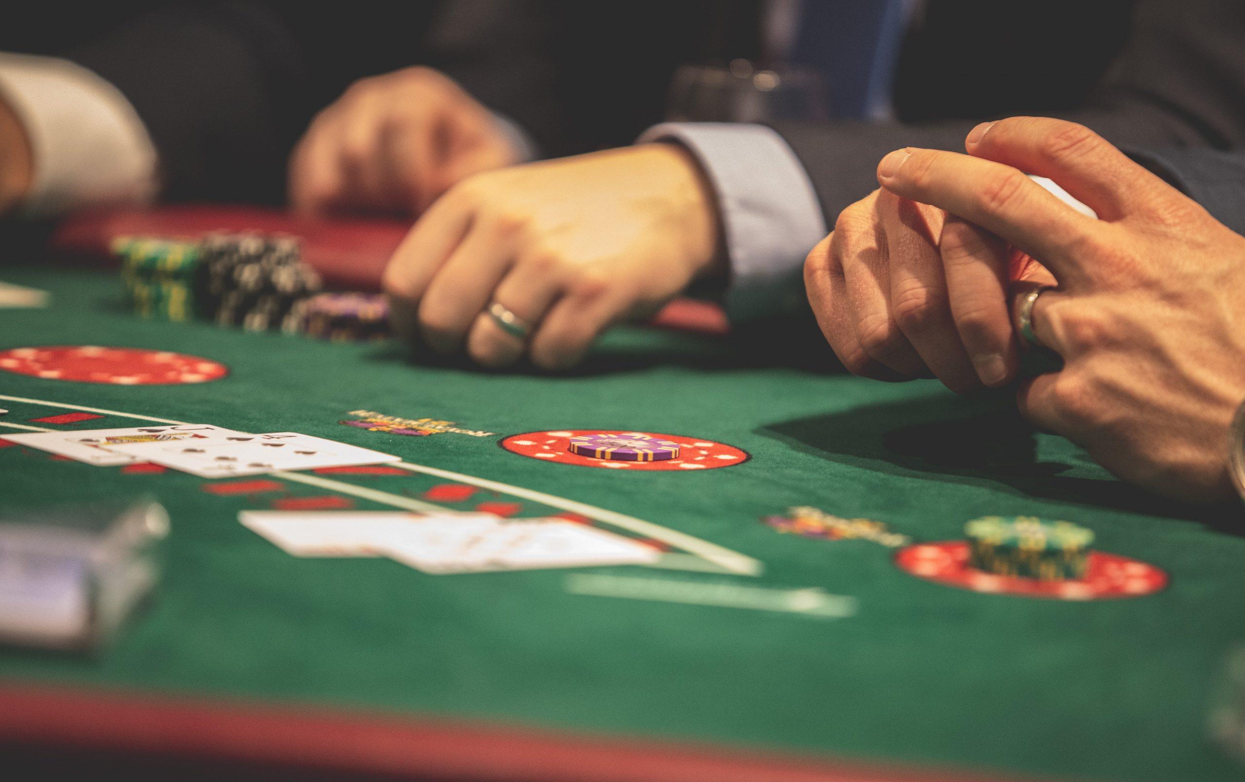 Juegos de poker. Partida