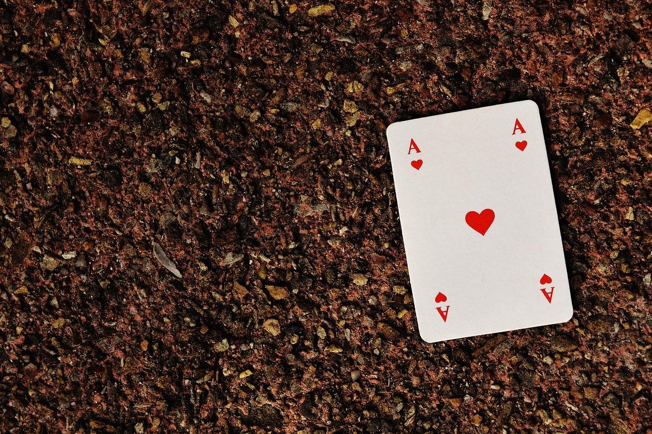 Juegos con cartas de poker 1