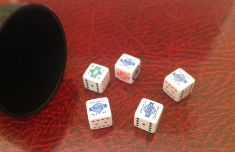 Poker de dados. Jotas
