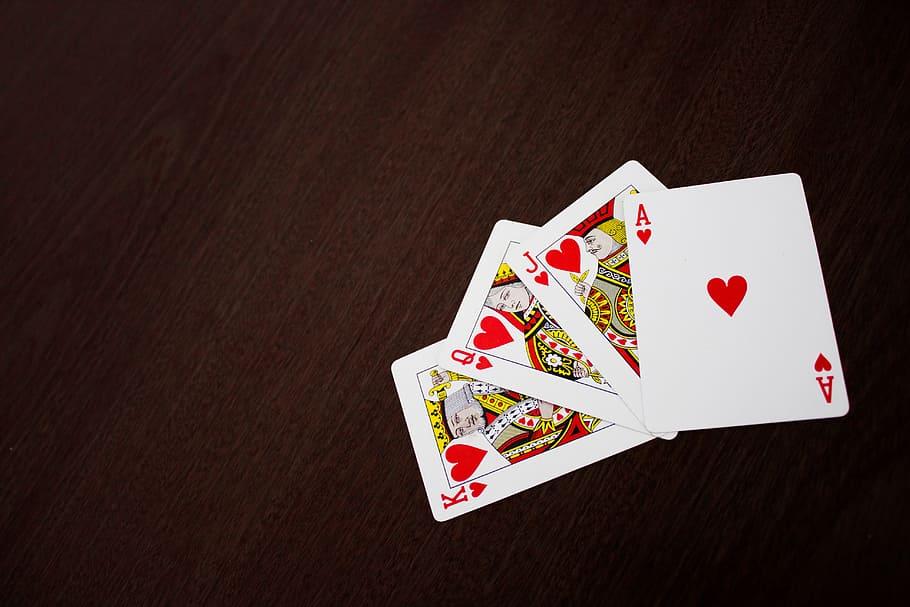El color en el poker: Cómo jugarlo