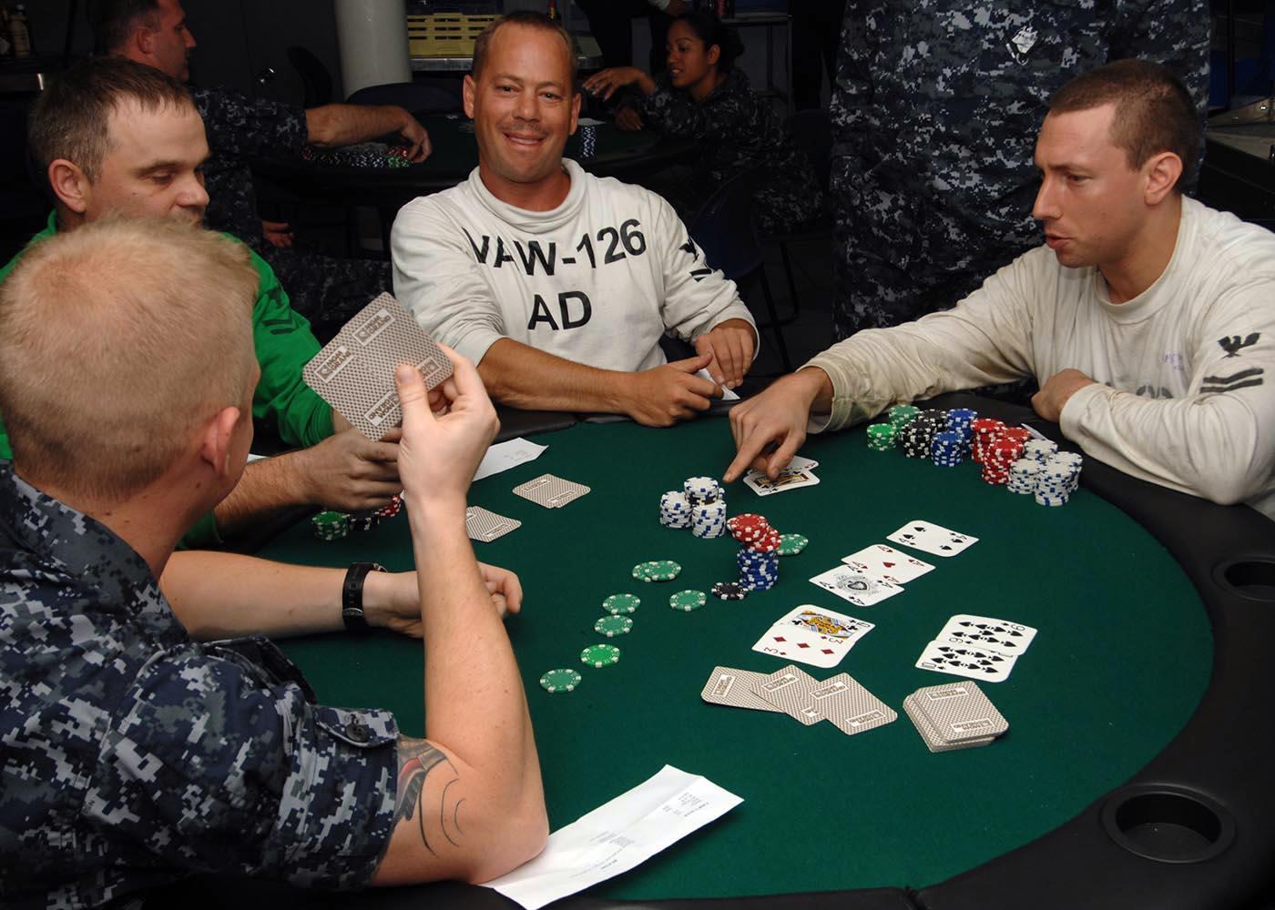 Jugadas en el poker.3